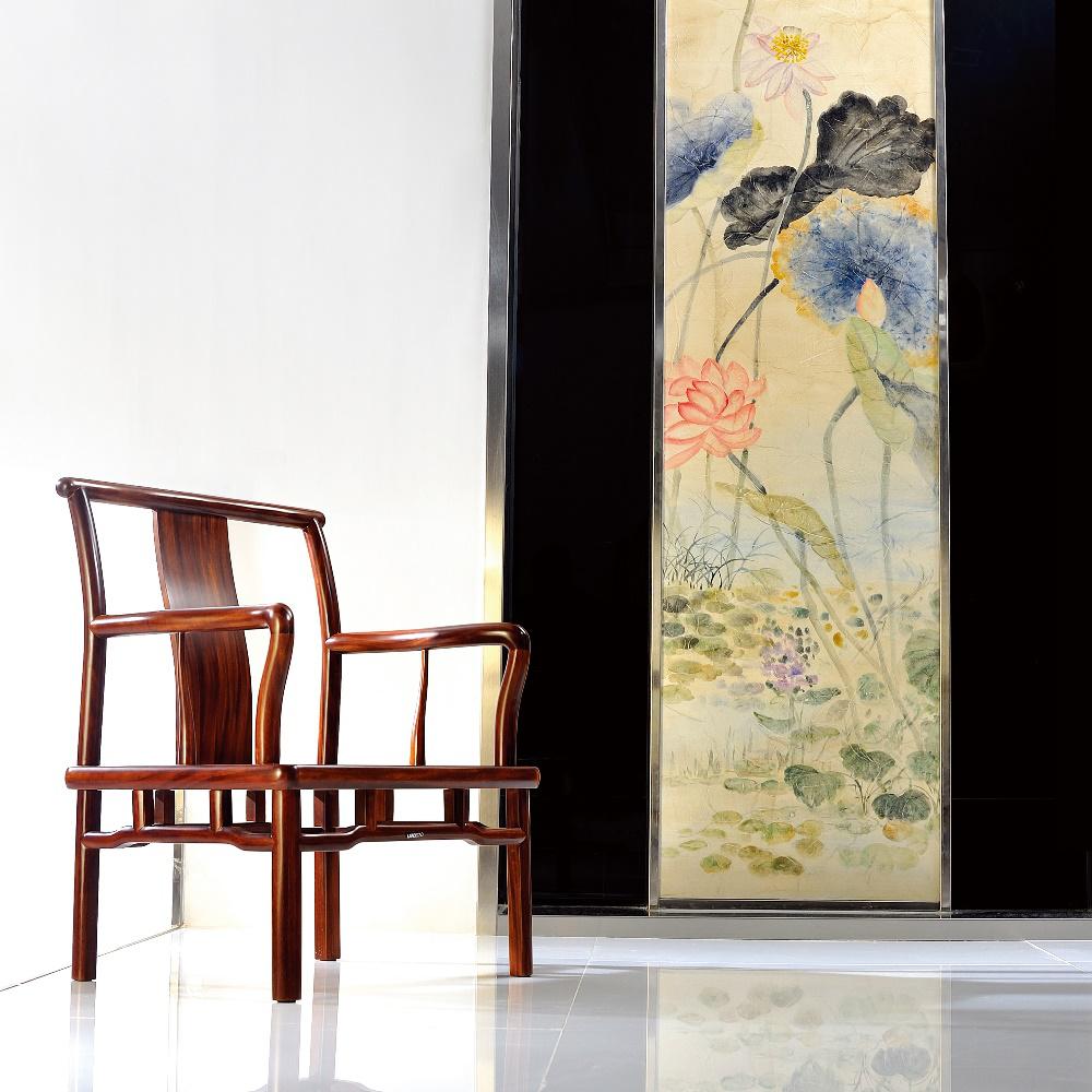 在走廊里,在客廳間,餐廳間,讓印制的小品畫來點染生活情趣,是不是也使